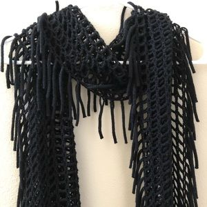 Leith Knit Scarf with Fringe Detailing in Black